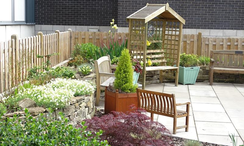 New seating area and plants installed at Barnsley NHS Hospital Memorial Garden